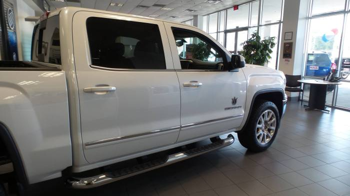 preowned GMC Sierra 2500HD Vehicles for Sale in Tyler, Texas