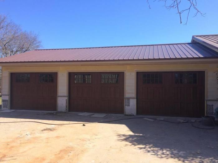 Loop 340 Overhead Door Is A Platinum Volume Master Dealers For Amarr Garage  Doors, DBCI Rollup Doors, And Raynor Garage Doors.